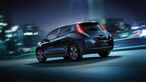 2016 Nissan Leaf Rear Profile