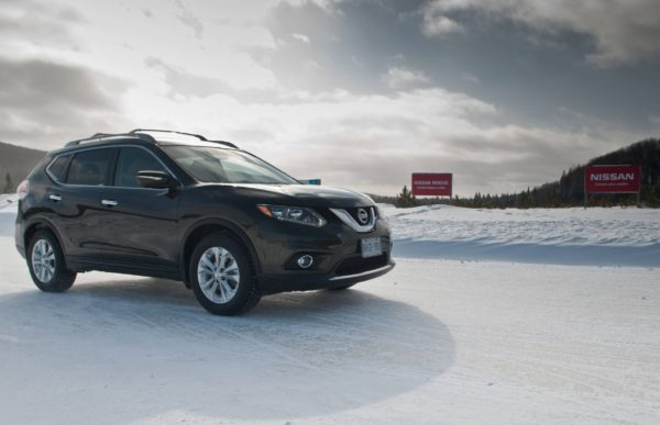 Nissan Rogue in the snow