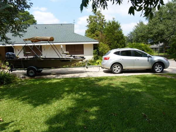 Nissan Rogue towing a boat